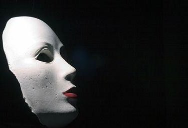 Maschere, troppe maschere